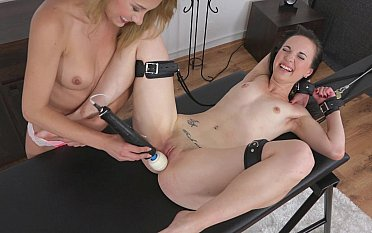 BDSM session with a tied up Czech babe